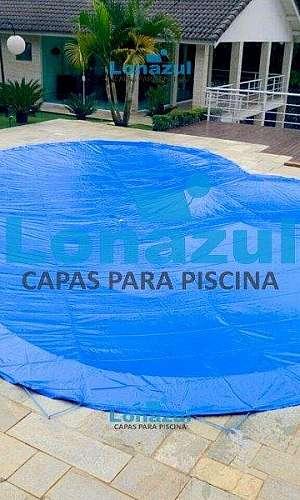 Capa de proteção para piscina