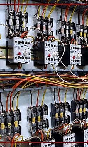 Serviços de instalação de quadro elétrico